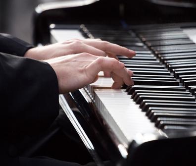 piano lessons kings lynn